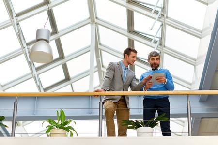 Photo pour Business People in Modern Office Building - image libre de droit