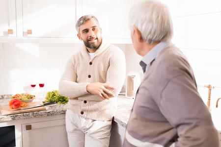 Photo pour Older Men - image libre de droit