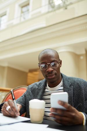 Photo pour Contemporary African Man - image libre de droit