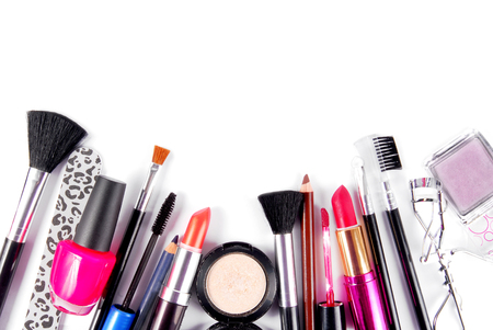 Photo pour makeup and brushes cosmetic set isolated on white - image libre de droit