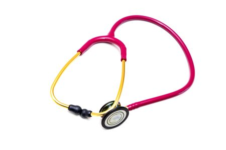 Photo pour Red stethoscope on a white background.Concept of medicine and health.Copy space. - image libre de droit