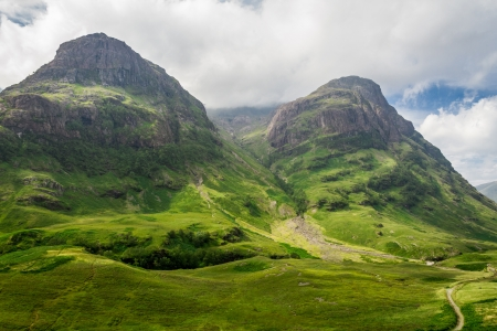 Photo pour Mountain view in Scotland in the Glencoe - image libre de droit