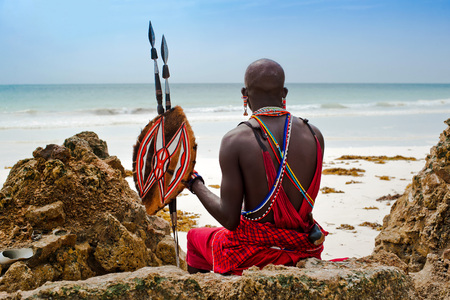 Photo pour portrait of a Maasai warrior in Africa. Tribe, Diani beach, culture - image libre de droit
