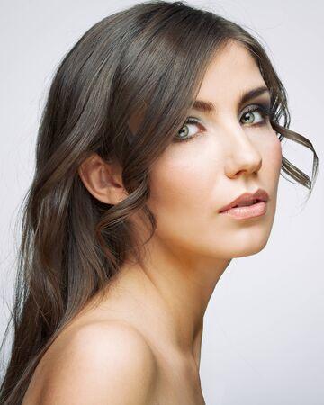 Photo pour Beautiful girl with fresh make up, long hair style.Female model studio portrait. - image libre de droit