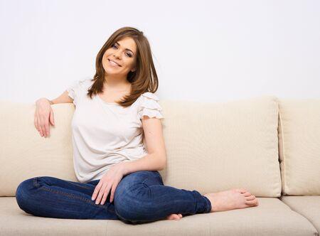 Photo pour woman relaxing at home - image libre de droit