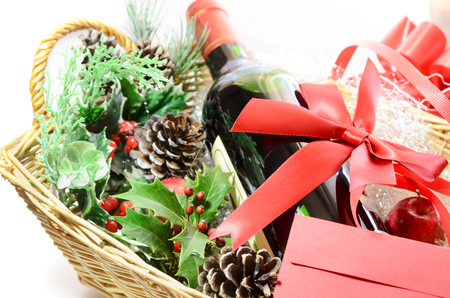 Christmas ideas for her gift baskets