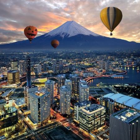 Photo pour Surreal view of Yokohama city in Japan - image libre de droit