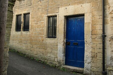 Photo pour A picture of a traditional facade of a British house in Bradford on Avon. - image libre de droit