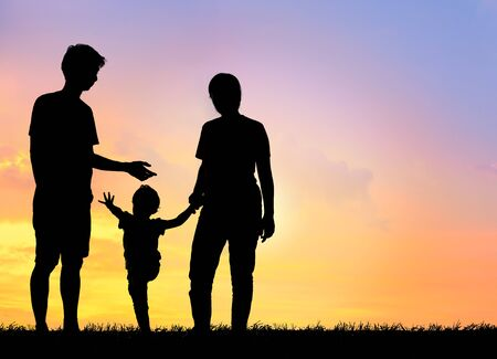 Photo pour Silhouette family,father, mother and children against the sunset. - image libre de droit