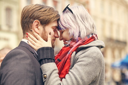 Photo pour a Close up Portrait of a happy young couple in love - image libre de droit