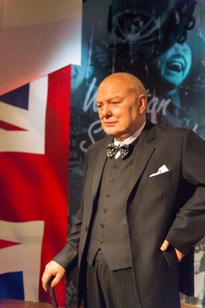 Photo pour SHANGHAI, CHINA - APR 3, 2016: Winston Churchill at the Shanghai Madame Tussauds wax museum. Marie Tussaud was born as Marie Grosholtz in 1761 - image libre de droit