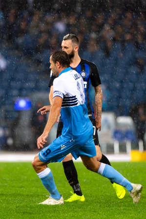 Photo pour ROME - OCT 29, 2018: Marcelo Brozovic 77. SS Lazio - FC Internazionale Milano. Serie A TIM. Stadio Olimpico. - image libre de droit