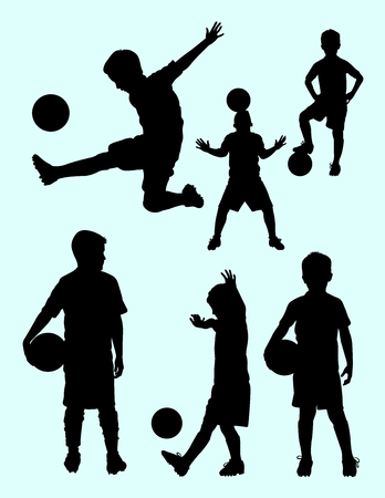 Illustration pour Silhouette of junior soccer player. Good use for symbol, logo, web icon, mascot, sign, or any design you want. - image libre de droit