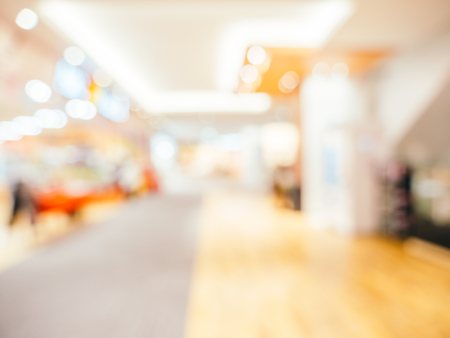 Photo pour Abstract blur and defocused shopping mall of department store for background - image libre de droit