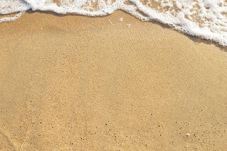 Photo pour Beach sand background, natural brown sand texture background - image libre de droit