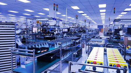 Photo pour Electronic production line, Modern unit assembly plant,Small industrial production room with equipment for the production of spare parts, metal parts, petrochemical, chemical industrial plant - image libre de droit