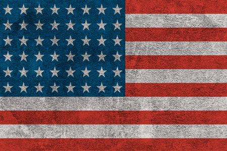 Photo pour Bright USA flag painted on a concrete wall - image libre de droit