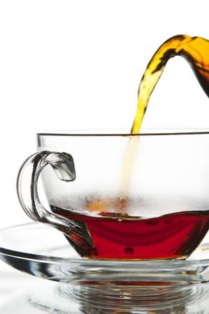 Photo pour Flowing tea - image libre de droit