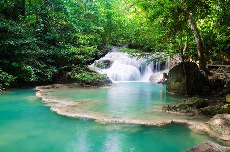 Photo pour waterfall in deep forest , thailand  - image libre de droit