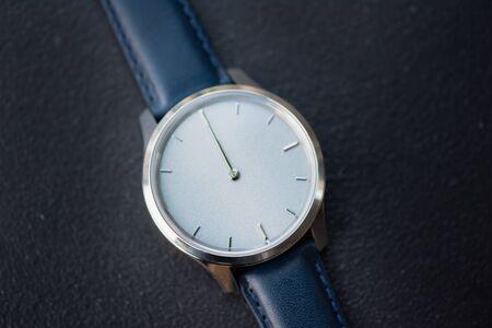 Photo pour macro shot of watch clock  - image libre de droit