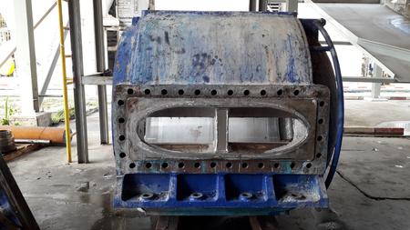 Photo pour Annaul overhaul big gear and mechanical part ; preventive maintenance work for industial plant - image libre de droit