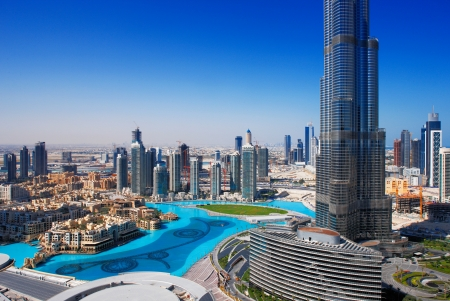 Photo pour Downtown Dubai is a popular place for shopping and sightseeing  Image taken May 2010 - image libre de droit