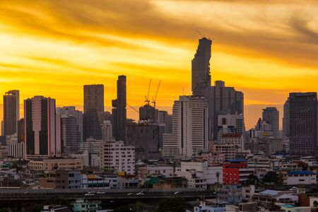 Photo pour Aerial view modern office buildings in Bangkok city downtown with sunrise time, Bangkok Province, Thailand - image libre de droit