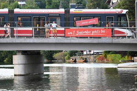 The Traunsee-Tram (Traunseetram) Gmunden connects Gmunden Central Station and Vorchdorf Train Station (Gmunden district). The Traunsee-Tram emerged from the connection of the former Gmundner tram, which is over 125 years old, and the Traunseebahn by closi