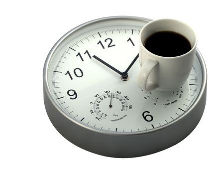 Photo pour Mid morning coffee break, mug of coffee and clock - image libre de droit