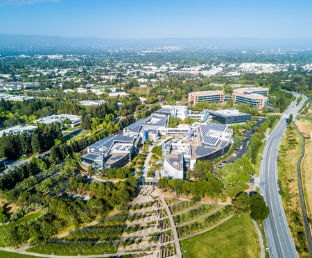 Photo pour Googleplex - Google Headquarters in California - image libre de droit