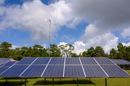 Photo pour Special solar cells that have To change energy from sunlight Into electrical energy Clean energy That is environmentally friendly - image libre de droit