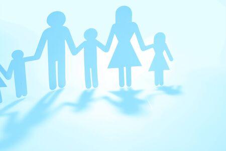 Photo pour Family paper chain cutout holding hands - image libre de droit