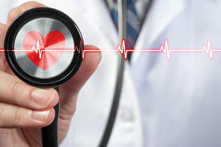 Foto de Doctor use stethoscope, medical concept - Imagen libre de derechos