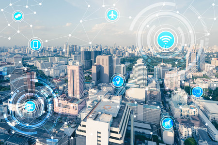 Foto de Blue high-tech tone of cityscape connected line with wifi sign, technology concept, internet of things conceptual - Imagen libre de derechos