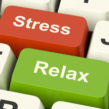 Photo pour Stress Relax Computer Keys Shows Pressure Of Work Or Relaxation Online - image libre de droit