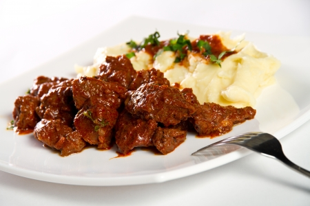 Beef stew with mashed potatos