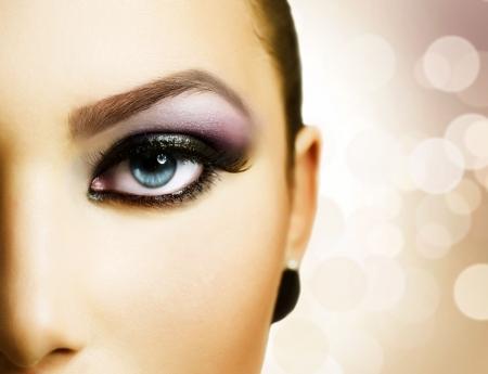 Beautiful Girl's Face. Perfect Makeup
