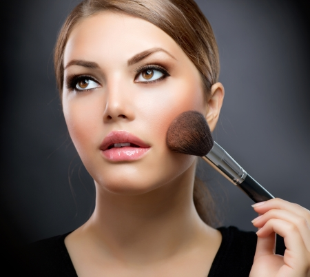 Makeup  Applying Make-up Cosmetics Brush  Perfect Make-up