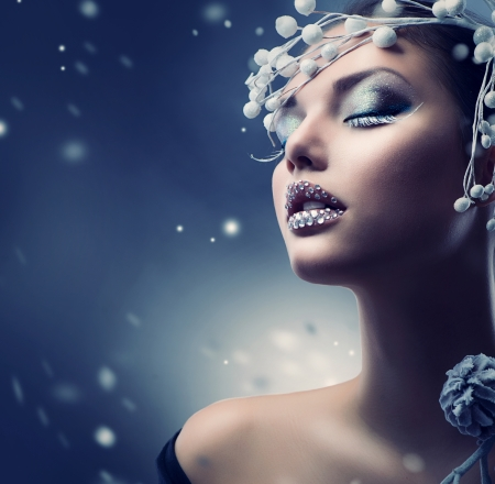 Winter Beauty Woman  Christmas Girl Makeup