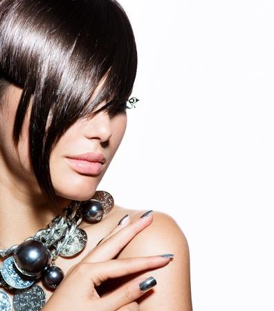 Photo pour Fashion Model Girl Portrait  Trendy Hair Style  - image libre de droit