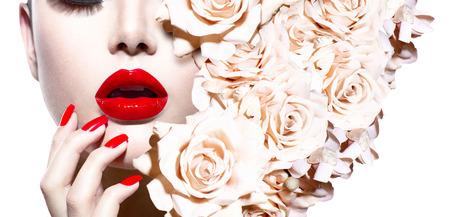 Foto de Fashion Sexy Woman with Flowers  Vogue Style Model  - Imagen libre de derechos