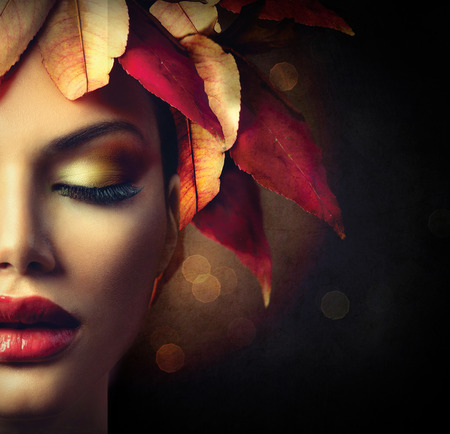 Foto per Fantasy Autumn Woman with Colourful Autumn Leaves Hairstyle - Immagine Royalty Free