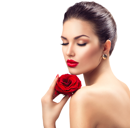 Photo pour Beauty woman with red rose flower - image libre de droit