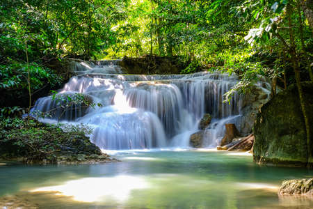Foto de Erawan Waterfall Floor 1 in National Park, Thailand - Imagen libre de derechos
