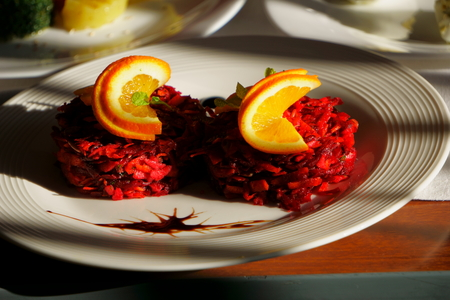 Beet and carrots salad with lemon