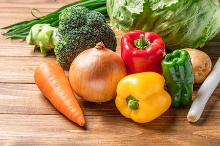 Photo pour Green and yellow vegetables - image libre de droit