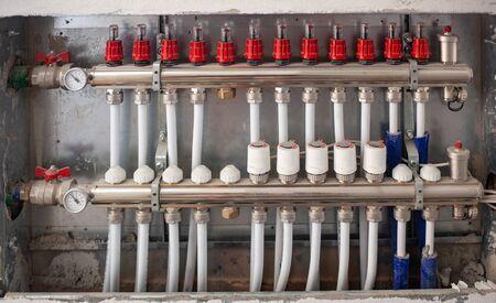 Photo pour Radiant Floor Heating Installation Heating System.  Floor heating installation. - image libre de droit
