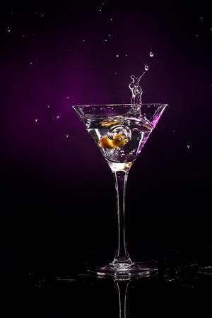 Photo pour martini over dark background - image libre de droit