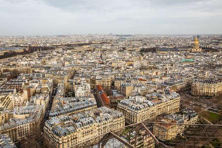 Photo pour Aerial view of Paris city and Seine river from Eiffel Tower. - image libre de droit