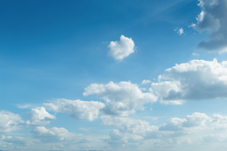 Photo pour clear blue sky weather and cloud - image libre de droit